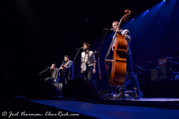 Mumford & Sons concert photos Pittsburgh